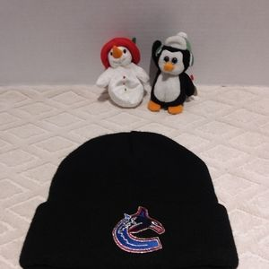 ⬇️Vancouver Canuks thinsulate hat